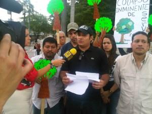 En imágenes: Así de ARRUINADO tiene Erika Farías todo el Parque José María Vargas de la Avenida Bolívar