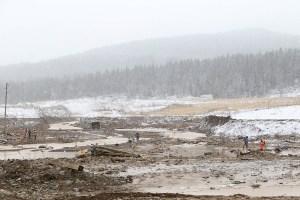 Al menos 15 muertos al derrumbarse una represa en Siberia