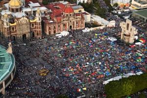 Más de 10 millones de peregrinos homenajean a la Virgen de Guadalupe en México (Fotos)