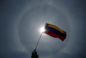 """""""¡Comprometidos por nuestra patria!"""": Embajadores del gobierno interino conmemoraron el Día de la Independencia"""
