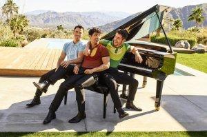 Jonas Brothers se presentará en la Nochevieja de Dick Clark