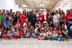 Fabiana Rosales llevó alegría a los niños del Maternal Divina Pastora de la AN