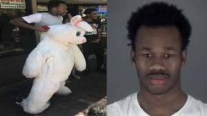 Arrestado el infame conejo de pascua por golpear a una persona y salir huyendo