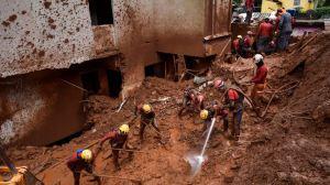 Violentas lluvias suman ya 44 muertos y miles de desalojados en Brasil