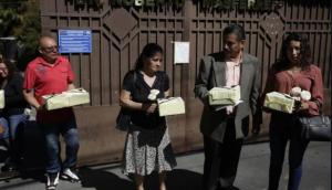 Familiares recibieron restos de personas asesinadas por Ejército salvadoreño en 1982
