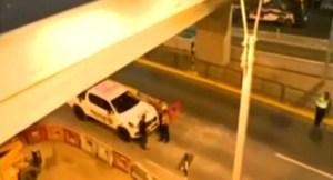 Una venezolana murió al salir disparada de una moto y caer de un puente en Perú