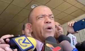 """El tartamudeo de """"Goyo"""" Noriega al escuchar que los militantes de VP lo llamaban """"traidor"""" (Video)"""