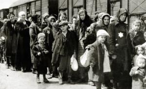 La dramática historia de los Sonderkommandos, los judíos forzados a trabajar en las cámaras de gas durante el Holocausto