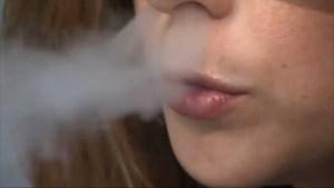 Fumadores tendrían mayores riesgos por coronavirus