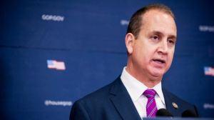 Congresista Mario Díaz Balart se recuperó del coronavirus y donará su plasma para ayudar a afectados