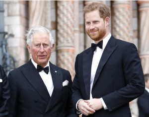 ¡Papá al rescate! El príncipe Carlos cubrirá los gastos del príncipe Harry y su familia