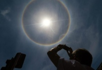 ¿Mal augurio? El sorprendente significado de un halo solar, según la astrología