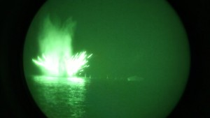 EEUU realiza ejercicios militares con fuego real en el golfo Pérsico en plena tensión con Irán (Video)
