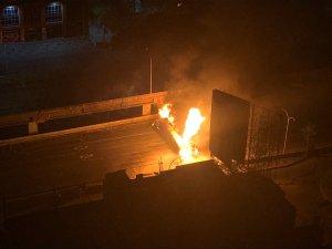 Gandola cargada con GLP explotó en la autopista Francisco Fajardo #23May (Fotos y Videos)