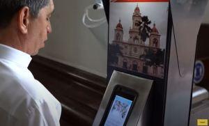 Iglesia colombiana creó un aparato para detectar síntomas del Covid-19 (Video)