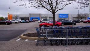 Walmart transformará 160 de sus estacionamientos en salas de autocine