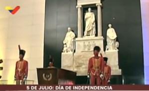 Izada de la Bandera Nacional con motivo de la celebración de la Firma del Acta de la Independencia de Venezuela