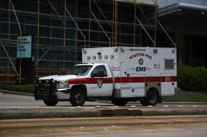 Hospitales de Houston se ven obligados a transferir pacientes fuera de la ciudad por repunte de Covid-19