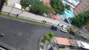 Dgcim ordena desalojo de familia con menores en Caraballeda (Fotos)