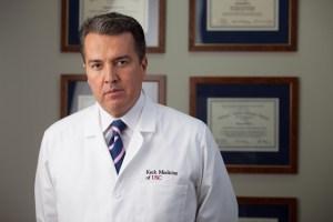 René Sotelo explicó de qué tratará el nuevo episodio de #EntreMédicos
