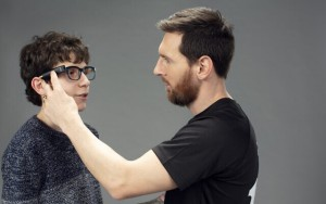Lionel Messi será la cara de la startup israelí OrCam, creadora de un dispositivo que ayuda a la gente ciega (VIDEO)