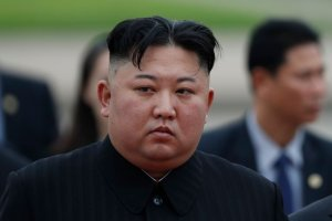 """""""Arrastra el coronavirus"""": Corea del Norte ordena aislarse tras irrupción de una lluvia de polvo procedente de China"""