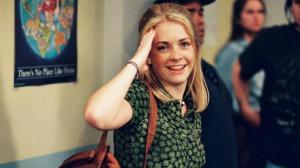 """¿La reconoces? Así luce la protagonista de """"Sabrina, la bruja adolescente"""""""