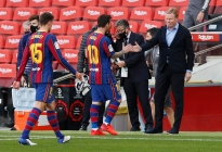 Koeman dice que el VAR sólo se usa contra el Barcelona