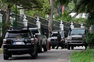 Fuerte despliegue de seguridad en las inmediaciones de la embajada de España en Caracas #24Oct