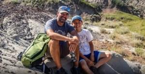 El niño de 12 años que fue a una excursión con su papá y descubrió un dinosaurio de 69 millones de años