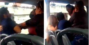 VIRAL: Su exesposa y suegra lo golpearon tras descubrir su infidelidad en pleno autobús en México (Video)