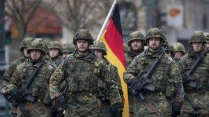 Alemania rehabilita a soldados homosexuales tras décadas de discriminación