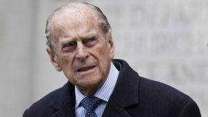 El esposo de la reina Isabel, Felipe de Edimburgo ya casi cumple 100 años de edad