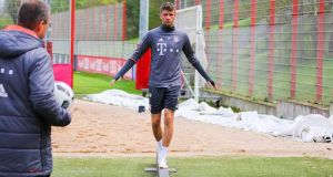 Thomas Müller vuelve a entrenar tras recuperarse del coronavirus