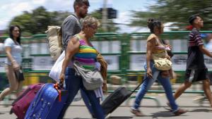 Incremento de la migración forzosa en Venezuela es producto de la crisis generada por el régimen de Maduro
