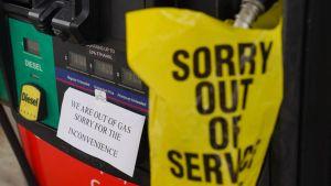 Temor por escasez de gasolina en EEUU tras ataque cibernético a red de oleoductos