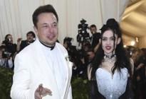 La pareja de Elon Musk sufre un ataque de pánico