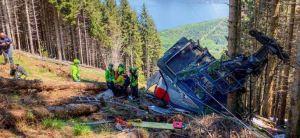 Revelaron estremecedor VIDEO de la caída del teleférico que dejó varios muertos en Italia