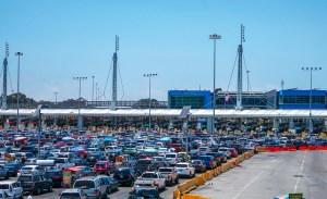 Migrantes venezolanos intentan cruzar ilegalmente hacia EEUU en vehículos particulares