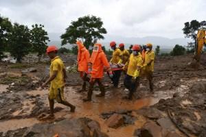 Al menos 127 muertos y decenas de desaparecidos por lluvias en India
