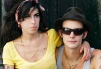 """Obsesión y drogas: Cómo fue la historia de """"amor"""" entre Amy Winehouse y Blake Fielder-Civil"""