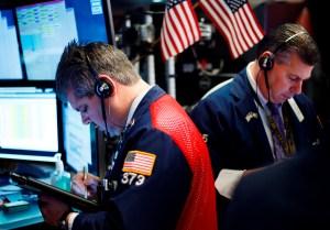 Wall Street terminó dispar con Dow Jones y S&P 500 cerca de récords
