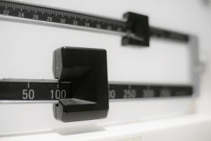 Por qué el ejercicio y la dieta a veces no alcanzan para reducir la obesidad