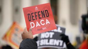 """Daca: Lo que debes saber sobre el programa que protege a los """"dreamers"""" de la deportación"""