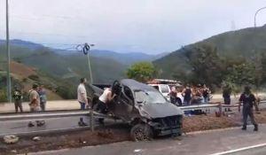 Al menos tres heridos dejó accidente de tránsito en la autopista Caracas – La Guaira