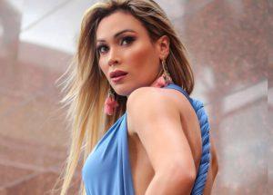 Las sensuales fotos de la animadora venezolana que casi es apresada por la GNB