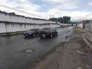 Mientras los hogares de San Cristóbal están sin suministro, un bote de agua causa incontables accidentes de tránsito (FOTOS)