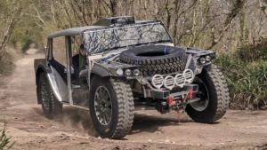 Cómo es el 4×4 eléctrico, con carrocería de tela y autonomía de 7.000 kilómetros