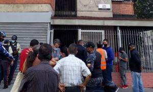 Imágenes: Reportaron nueva invasión en Sabana Grande por parte de presunto colectivo chavista