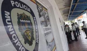 VIDEO: Por golpear a un detenido destituyeron al director de la Policía de Iribarren